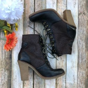 Sam Edelman heeled shearling and leather boots 7.5